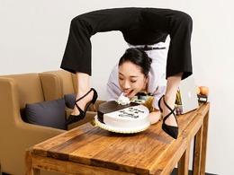柔术女王庆生花式吃蛋糕