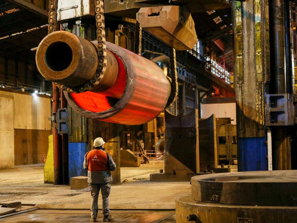 巴黎当地时间3月1日上午,中核集团与法国阿海珐集团(AREVA)在巴黎召开了深化产业合作的董事长会议。双方回顾了核燃料循环产业合作工作进展情况,重点就近期合作项目和下一步工作计划充分交换意见并达成诸多共识。(图源:VCG)