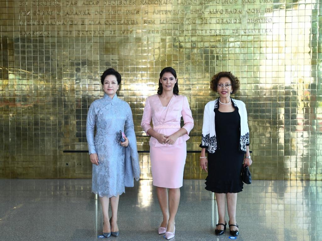 中国第一夫人彭丽媛出席金砖国家领导人配偶活动[图集]